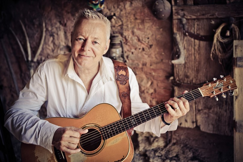 Tommy Emmanuel - The Intimate Sound Tour
