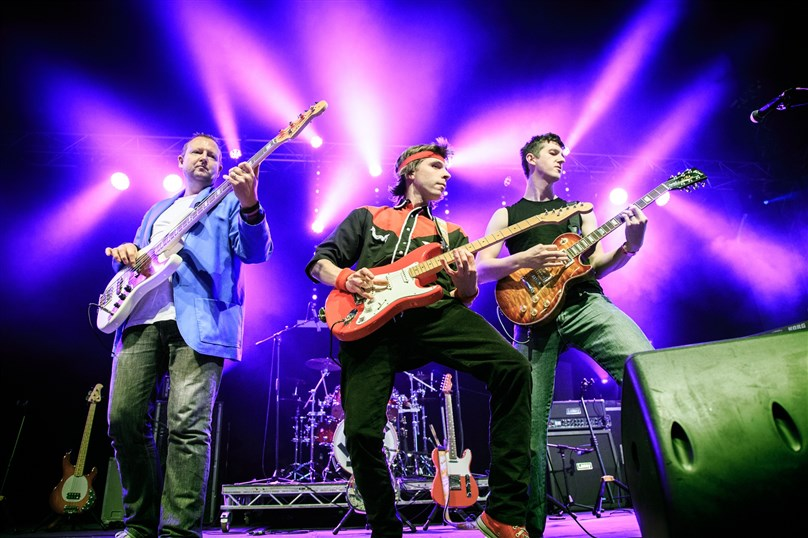 Money For Nothing: Dire Straits