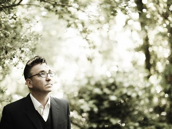 Richard Hawley Plays York Barbican Next February!