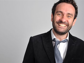 MULTI AWARD - WINNING BBC COMEDY WRITER AT YORK BARBICAN'S LOL COMEDY CLUB